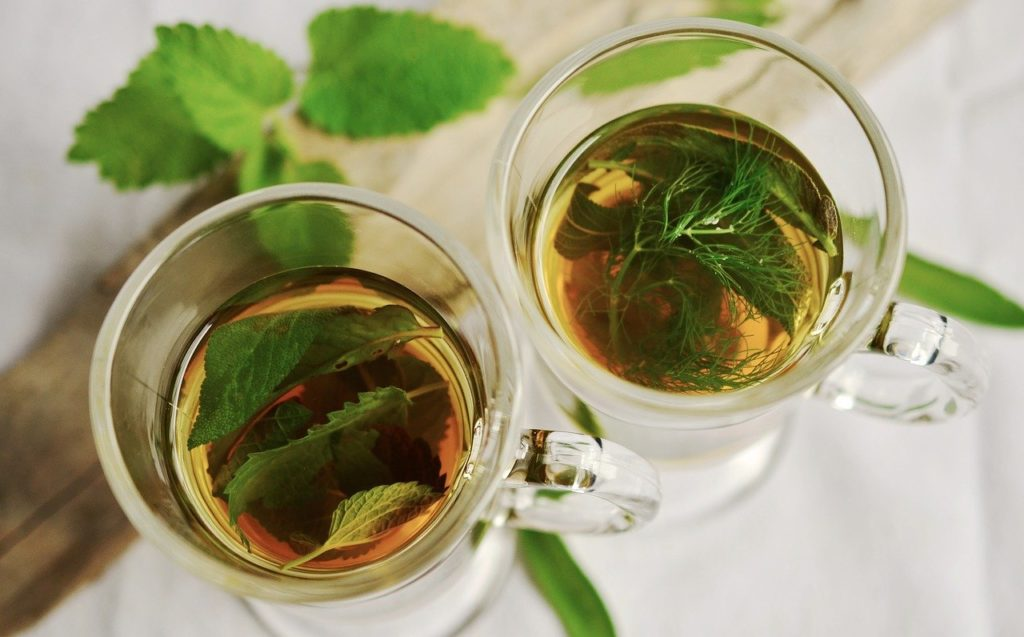 Czy herbata miętowa jest dobra dla zdrowia?