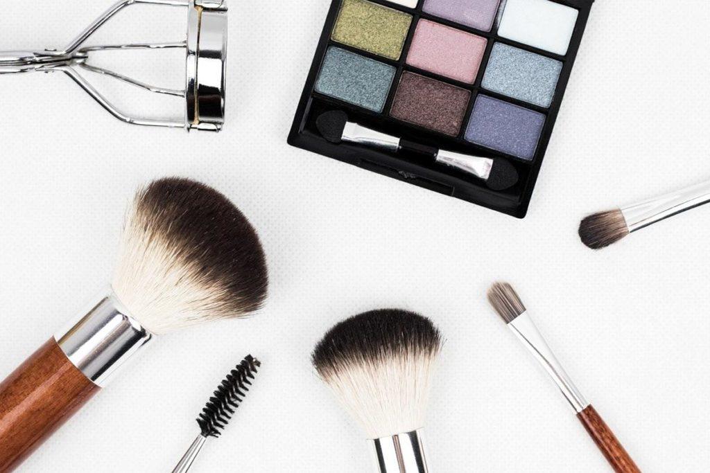 Jak wygodnie realizować zakupy kosmetyków?